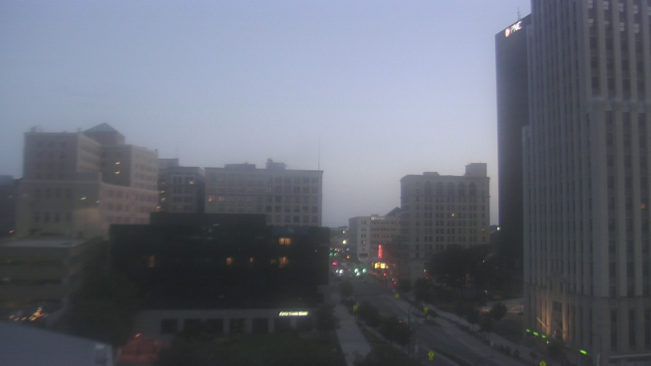 Live Camera from Akron-Summit County Public Library, Akron, OH 44326