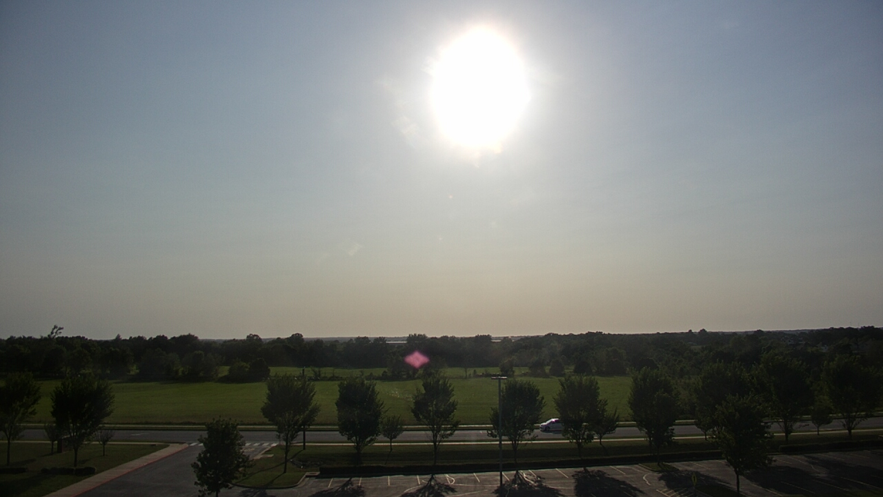 Live Camera from Fulbright  JHS, Bentonville, AR 72712