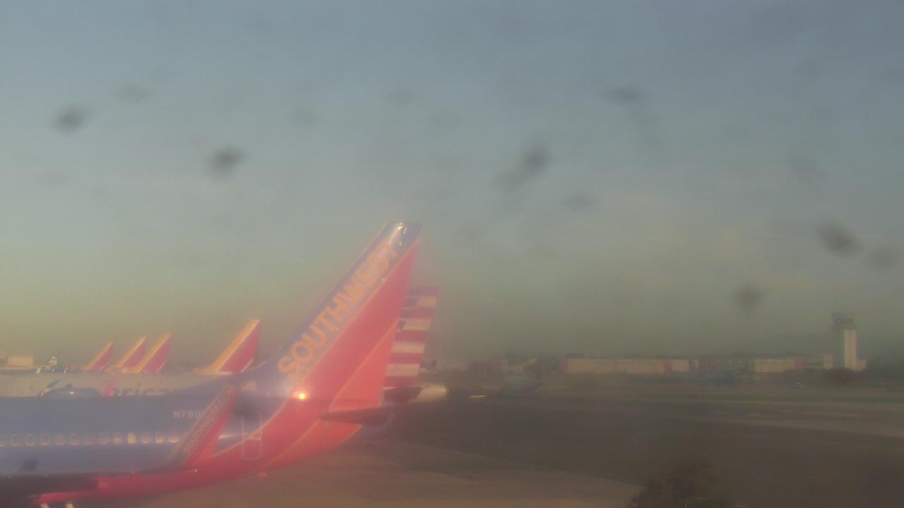Live Camera from VSP Parking, Burbank, CA 91505