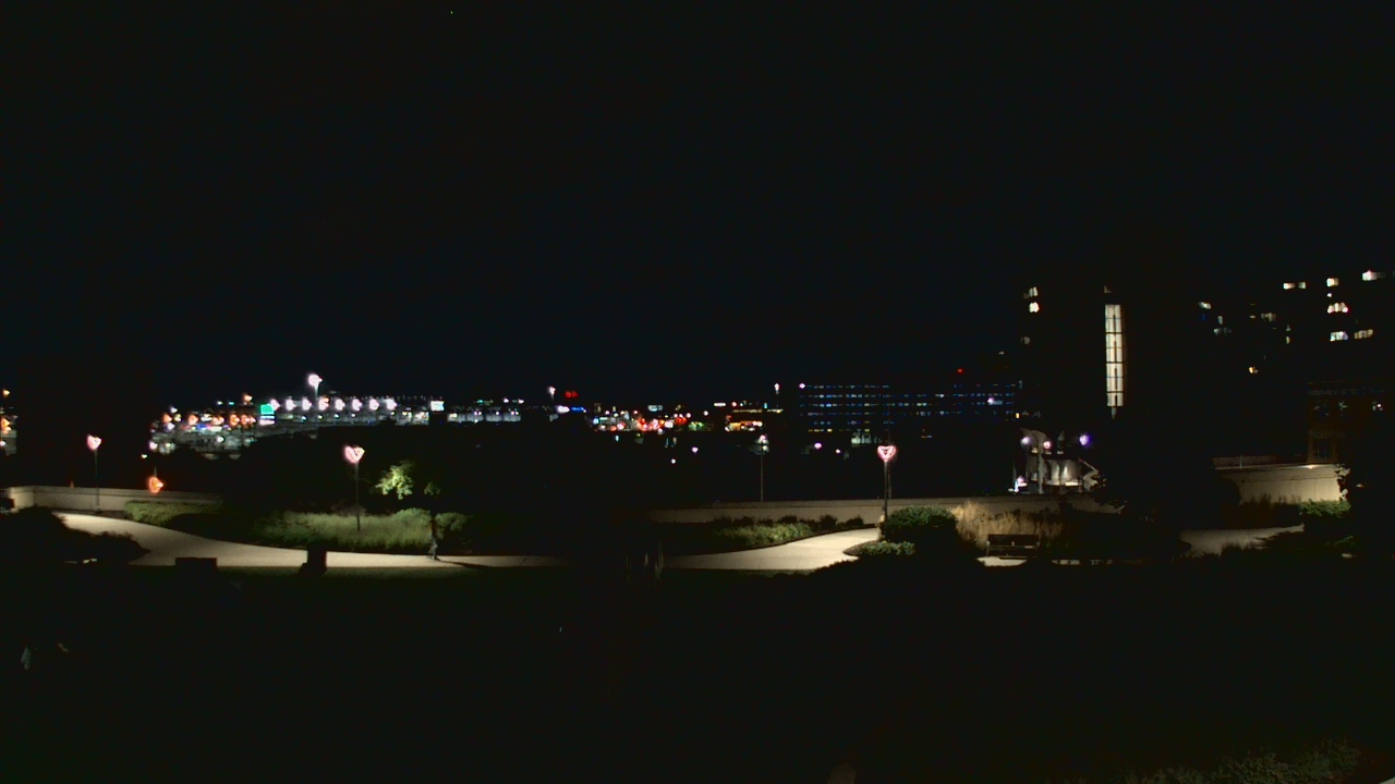 Live Camera from British School Of Chicago - New campus, Chicago, IL 60605