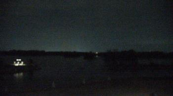 Live Camera from Three Oaks Recreation Area, Crystal Lake, IL