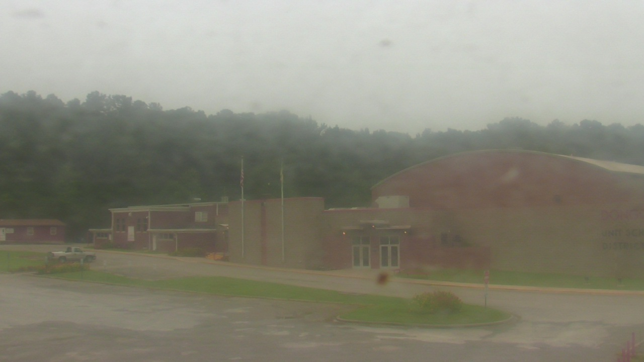 Live Camera from Dongola Cmty Unit Sch Dist 66, Dongola, IL 62926