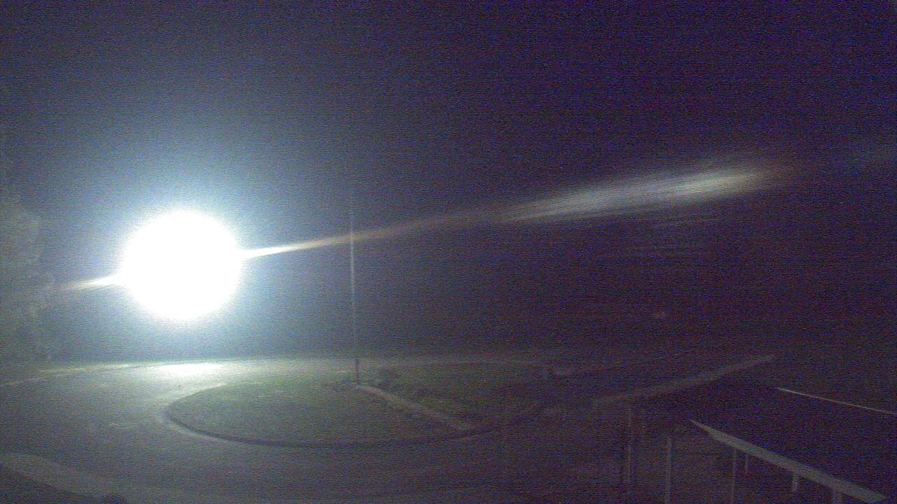 Live Camera from Bladen Lakes Primary School, Elizabethtown, NC 28337
