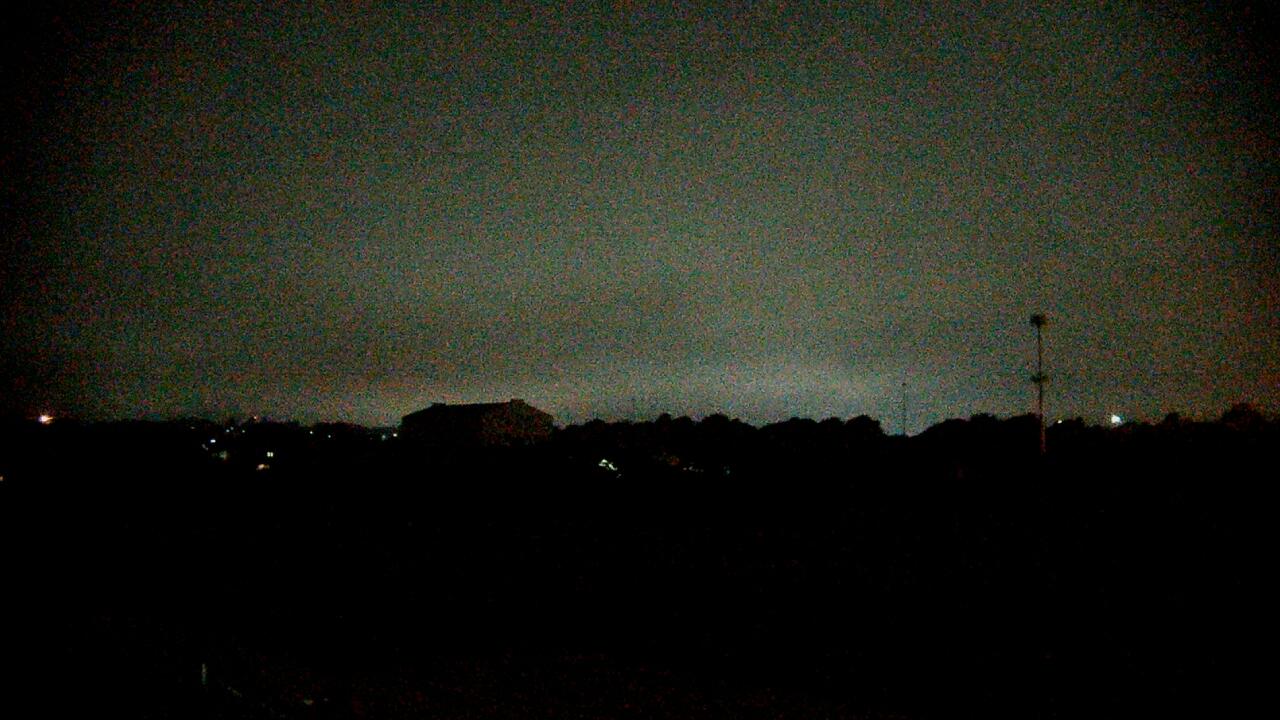 Webcam image showing Crestwood Middle School, Frederick, MD 21703