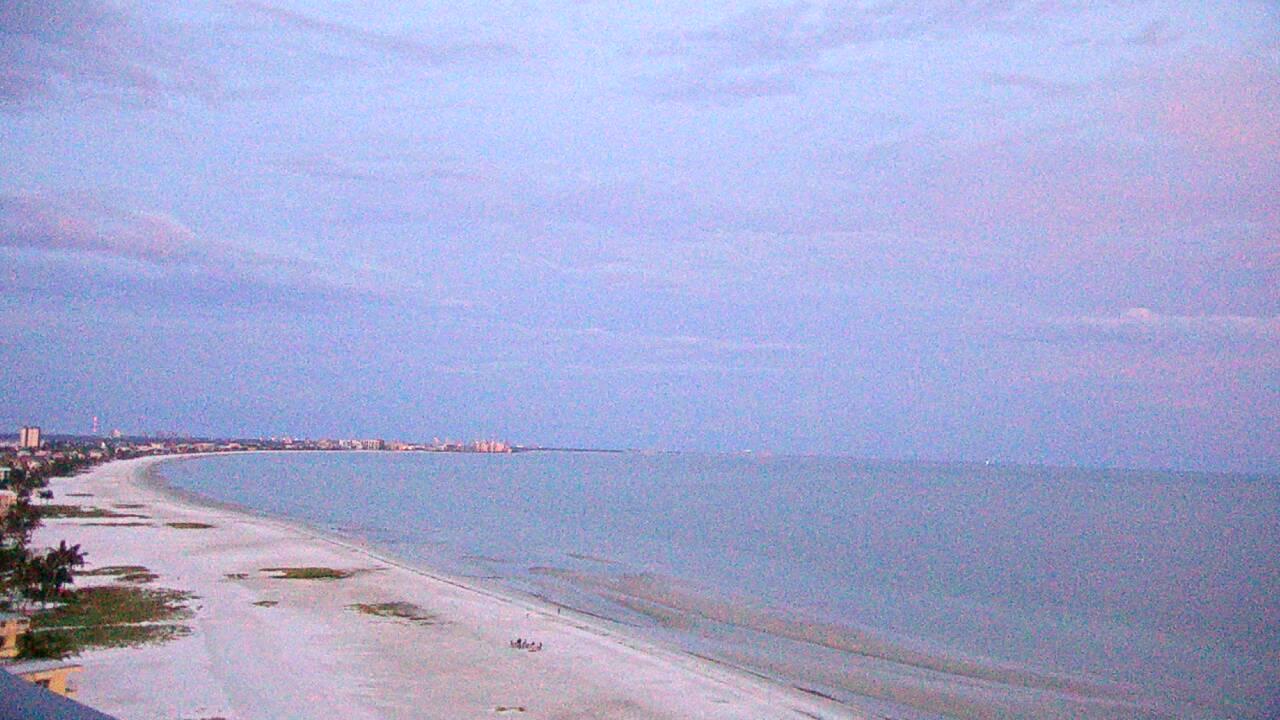 Live Camera from GullWing & DiamondHead Beach Resorts, Ft. Myers Beach, FL 33931
