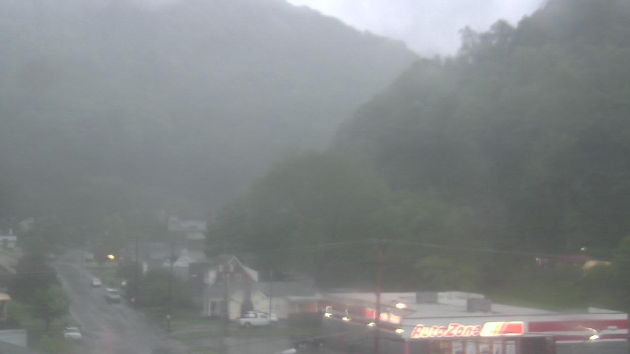 Live Camera from Legacy Bank, Grundy, VA 24614