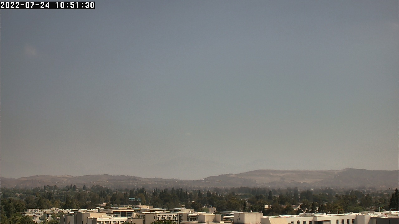 Live Camera from California State University, Fullerton, CA 92831