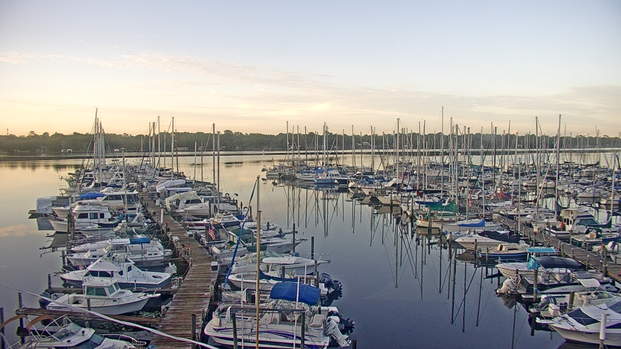 Live Camera from Mandarin Holiday Marina, Jacksonville, FL 32223