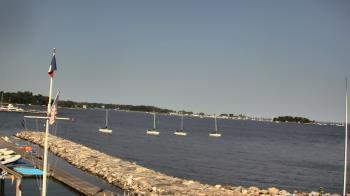 Live Camera from Beach Point Club, Mamaroneck, NY
