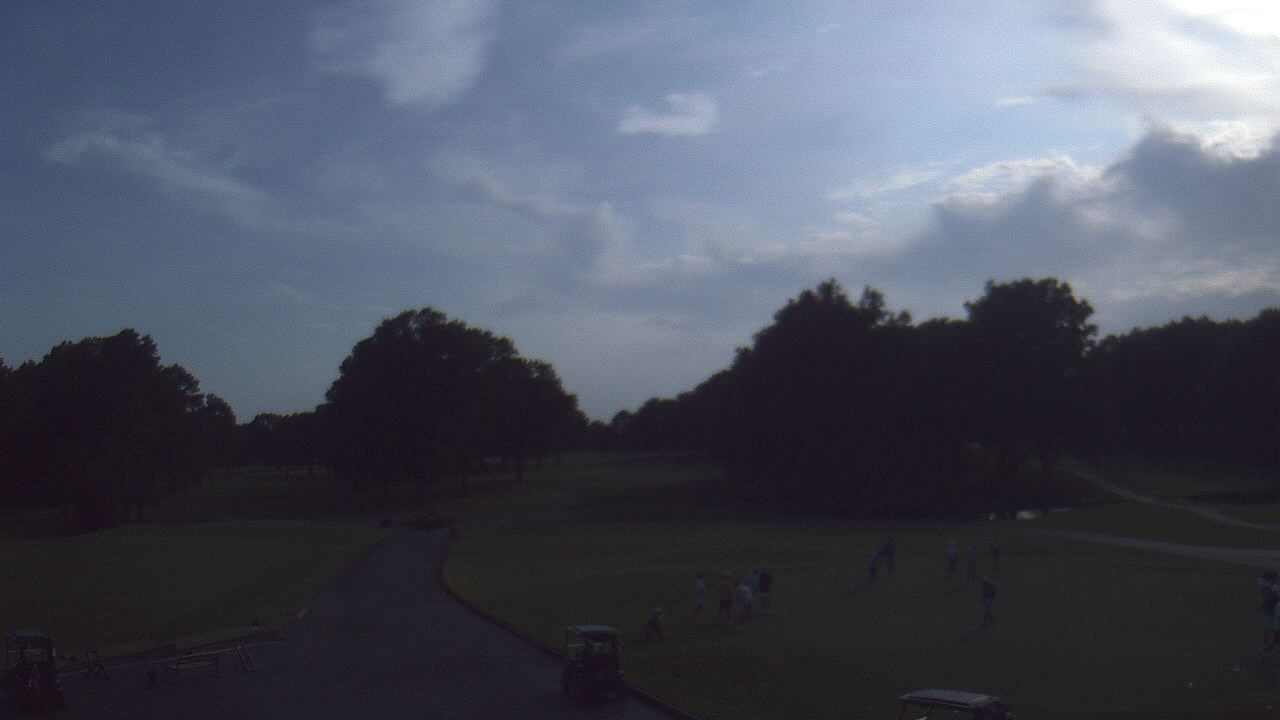 Live Camera from Windyke Country Club, Memphis, TN 38125