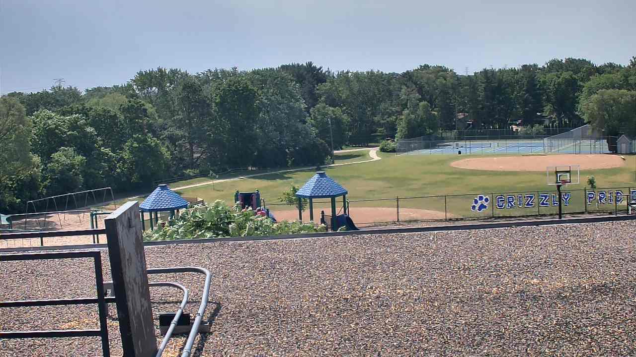 Live Camera from Glen Lake ES, Minnetonka, MN 55345