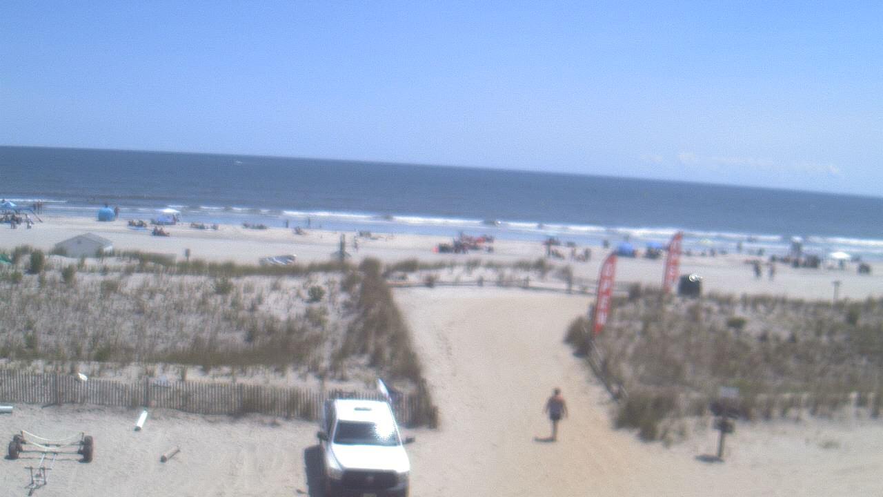 Live Camera from Beach Patrol HQ, Margate City, NJ 08402