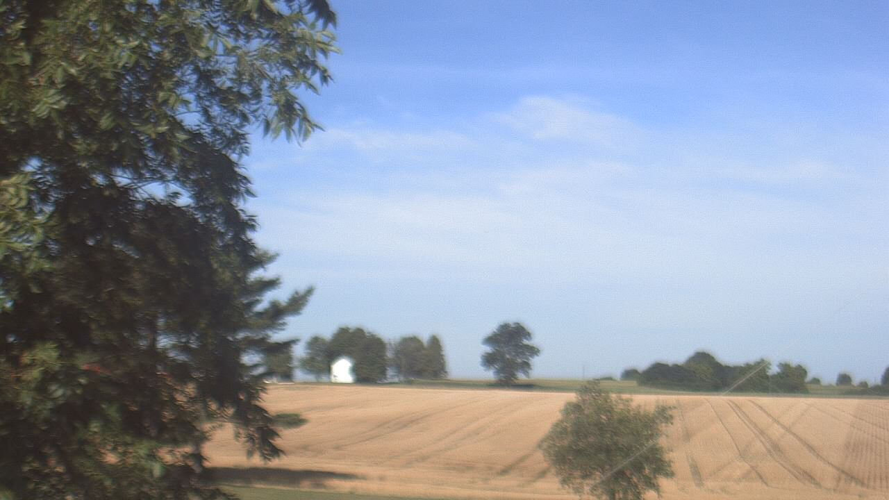 Live Camera from Farmersville School, Mount Vernon, IN 47620