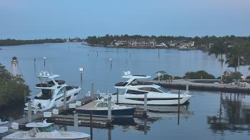 Live Camera from Hamilton Harbor Yacht Club, Naples, FL
