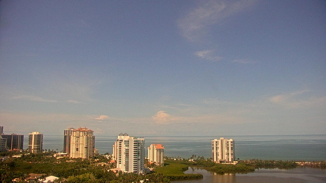 Live Camera from Naples Grande Beach Resort, Naples, FL 34103