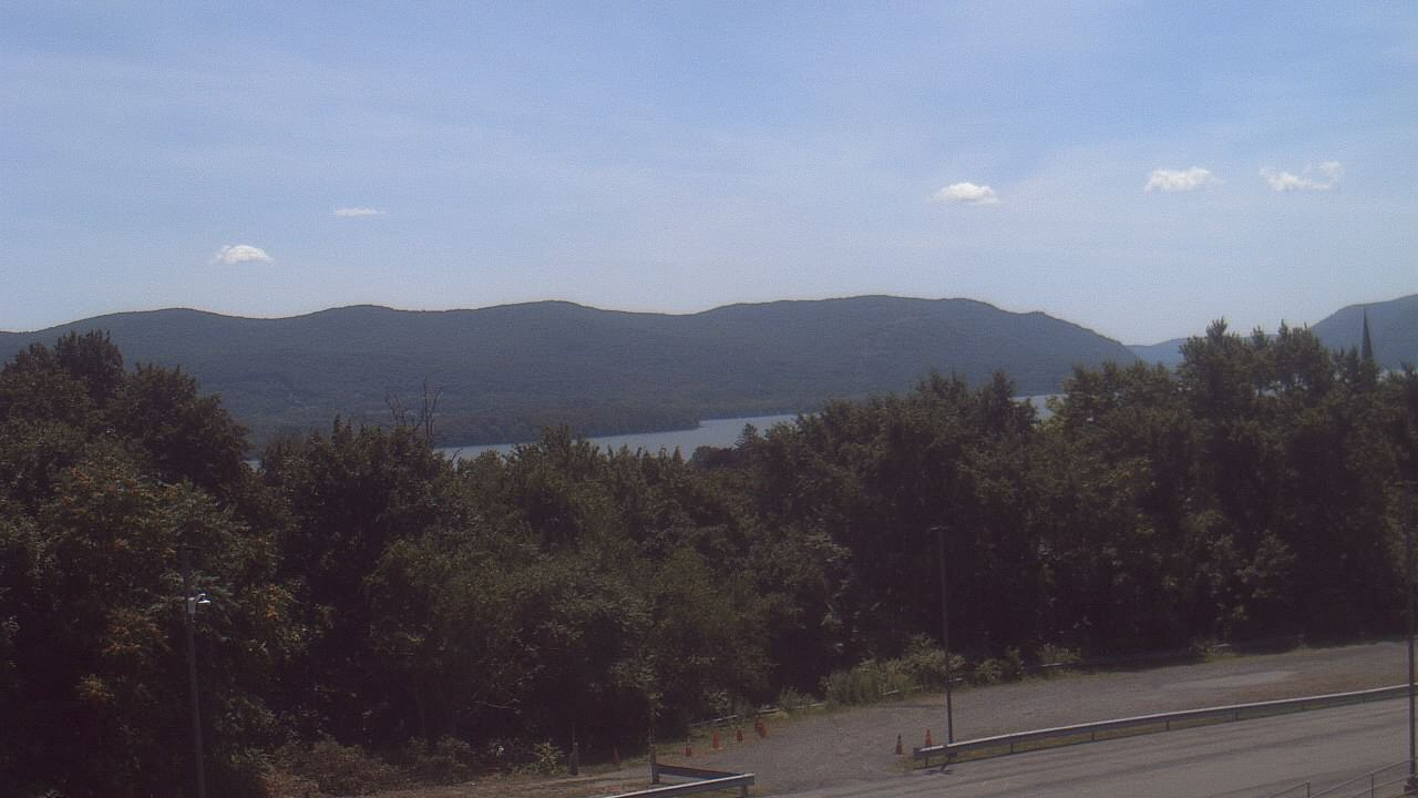 Live Camera from Bishop Dunn Memorial School, Newburgh, NY 12550