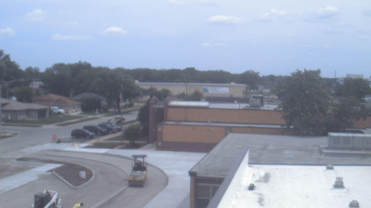Live Camera from Coolidge MS, Phoenix, IL 60426
