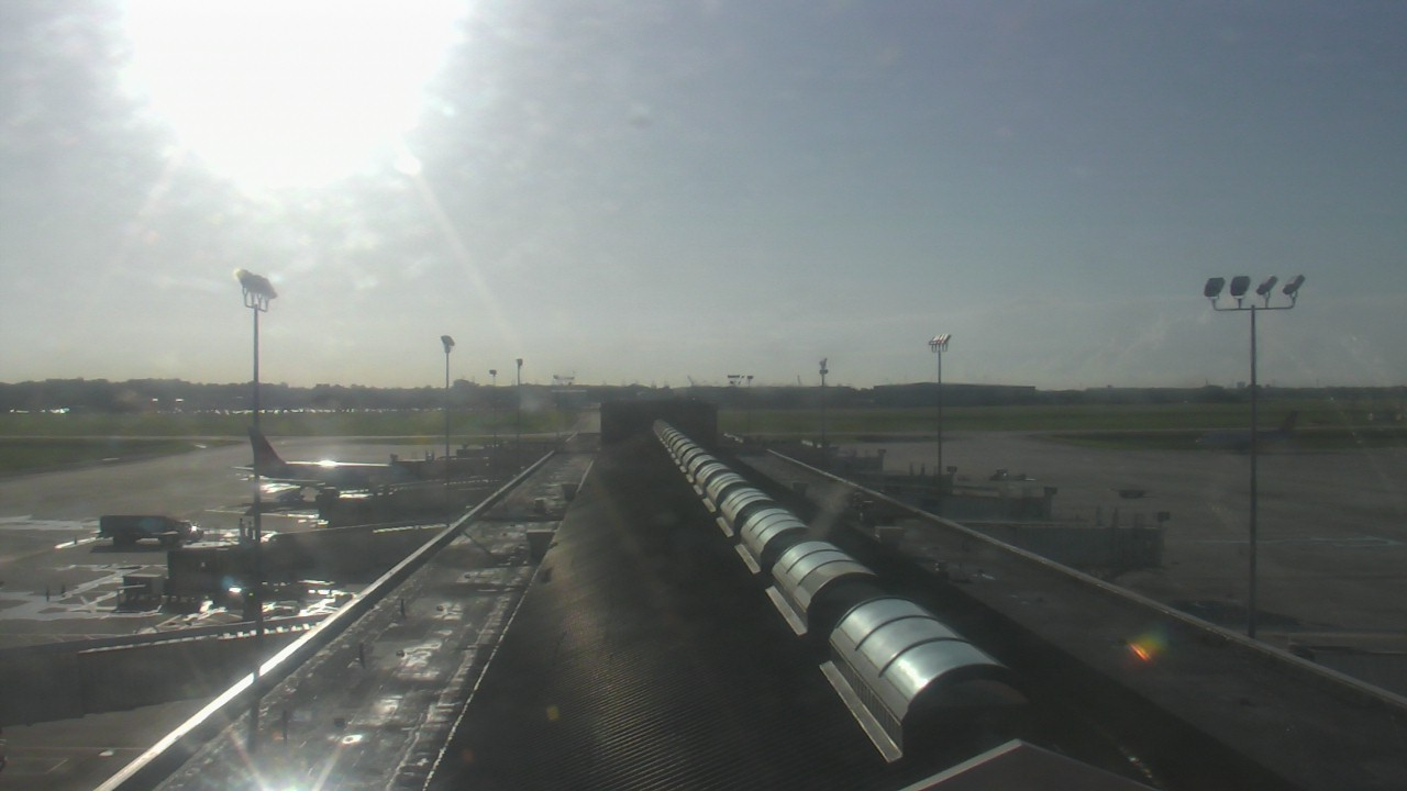 Live Camera from Savannah Hilton Head International Airport, Savannah, GA 31408