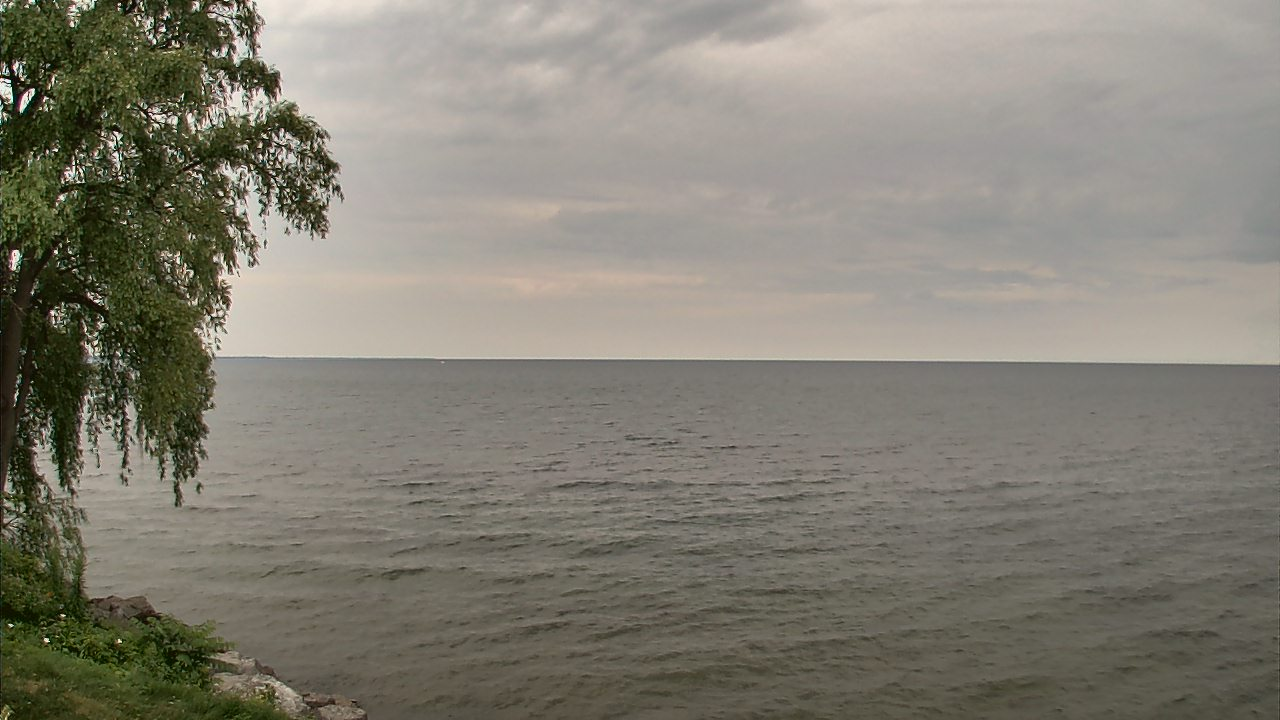 Live Camera from Forest Lawn Beach on Lake Ontario, Webster, NY 14580