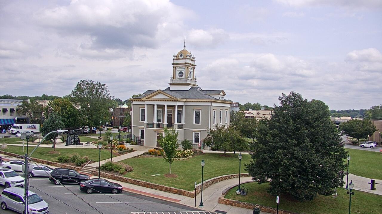 Live Camera from WBTV Morganton Bureau, Morganton, NC 28655